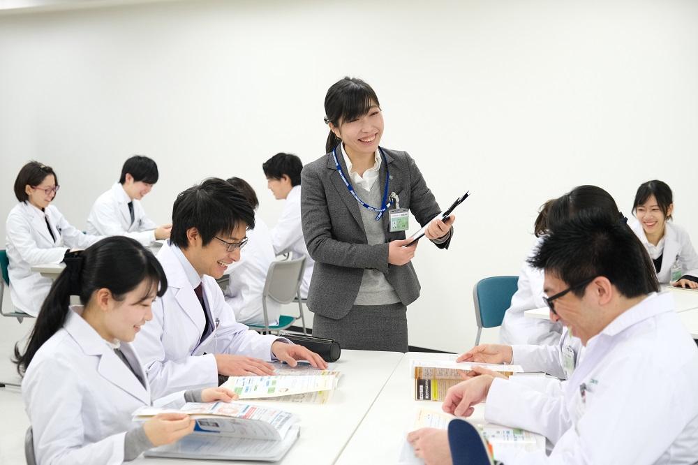 【対面】しっかり!『薬剤師業界から各企業の特徴まで!』業界研究コース